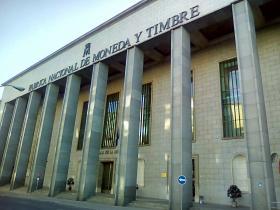 Curso para trabajadores de la Fabrica Nacional de Moneda y Timbre